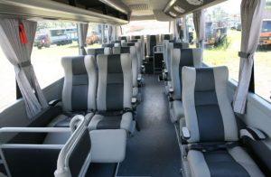 Bus Handoyo Antar Pulau