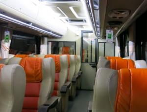 Interior Bus Damri